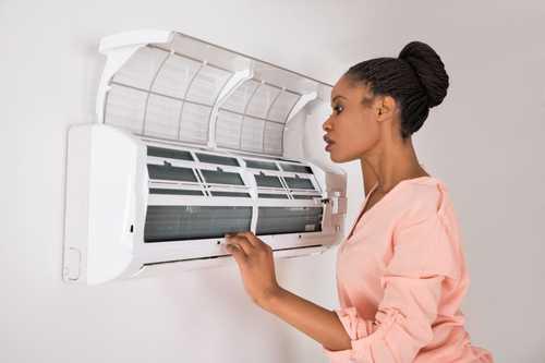 vệ sinh máy lạnh Tân Phú